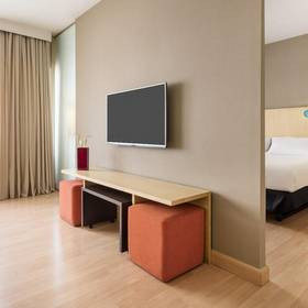 Quarto premium ilunion suites madrid hotel ilunion suites madrid