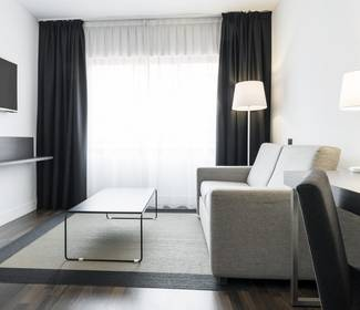 Superior hotel ilunion suites madrid