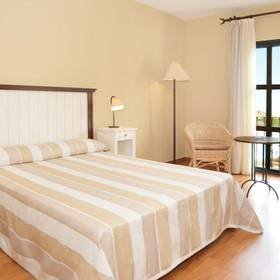 Quarto doble hotel ilunion mijas